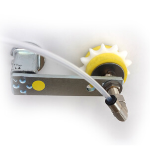 Ketten-Schmierritzel auf Montage-Schwinge