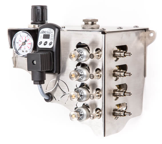 Minimalmengen- Kühl-Schmiersystem SputtMiK mit vier Mikro-Dosierpumpen