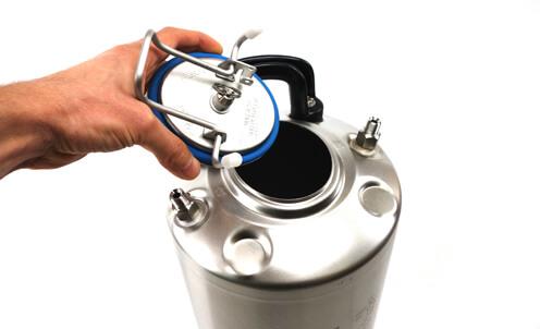Zbiornik ciśnieniowy zgodny z normami UE dla urządzeń smarujących do natryskiwania oleju smarowego
